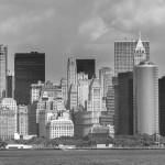 Stadt Manhattan in der Farbe grau
